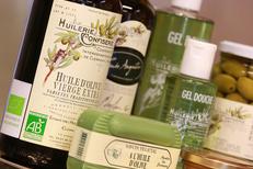 Coopérative oléicole de Clermont l'Hérault vend des Cosmétiques à base d'huile d'olive (® networld-fabrice Chort)