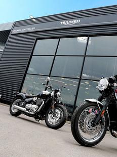 Pascal Moto Montpellier vend des Motos neuves et d'occasions, des scooters et des accessoires Moto comme des casques, des cuirs, des gants dans le quartier Garosud (® SAAM-fabrice Chort)
