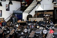 Magasin Moto Montpellier chez Pascal Moto qui vend des motos neuves et des motos d'occasion (® SAAM-fabrice Chort)