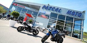 Découvrez les nouveaux modèles de motos chez Pascal Moto Montpellier des marques Honda et Triumph.