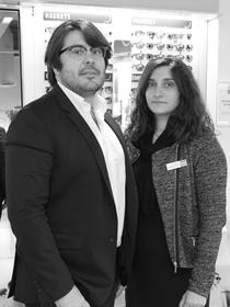 Optique Pérols Krys grand magasin d'optique avec lunettes de marque, lunettes de soleil, lentilles et solaires est dirigé par Benjamin et Audrey Ayrivié dans la ZAC du Fenouillet.(® NetWorld-Fabrice Chort)
