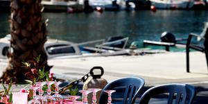 Tentez de gagner et de vous offrir un restaurant pour 2 à Mèze avec Resto-Avenue en écoutant l'émission de cuisine de France Bleu Hérault. Cette semaine, c'est le restaurant La Maison du Pêcheur à Mèze qui offre les repas mis en jeu.