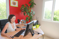 La directrice de l'agence APEF Services à la personne au centre-ville de Lattes (credits photos :EDV-Fabrice Chort)