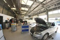 Arena Auto Pérols entretient votre véhicule et répare les pannes dans son garage aux portes de Montpellier (® networld-Fabrice Chort)