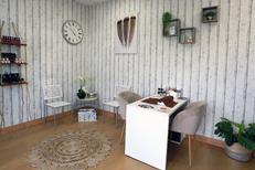 Institut Saint Gély du Fesc Beauty'full esthétique présente un espace Onglerie et un espace d'accueil lumineux (® SAAM-Fabrice Chort)