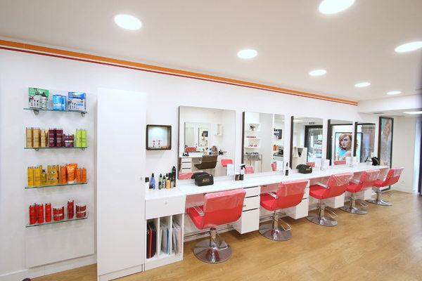 Camille albane montpellier coiffeur centre ville for Salon de coiffure camille albane
