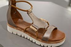 Erbé Chausseur Montpellier vend des chaussures Femme de marque en centre-ville (® SAAM-fabrice Chort)