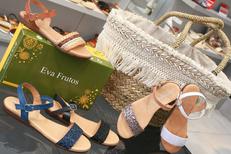 Erbé Chausseur Montpellier vend des chaussures femmes et hommes de marque en centre-ville ici des sandales Eva Frutos (® SAAM-fabrice Chort)