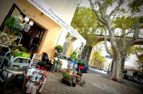 Chuma Montpellier Boutique de Déco pour la maison, de cadeaux et d'accessoires de mode en centre-ville dans le quartier des Arceaux.(® networld-fabrice chort)