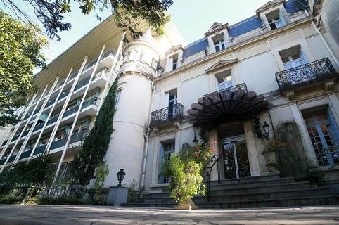 Clinique Le Castelet Saint Jean de Védas est un centre de rééducation fonctionnelle aux portes de Montpellier, lieu idéal pour votre convalescence.(® SAAM-Fabrice Chort)