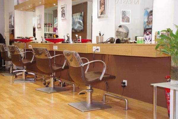 Salon de coiffure katica montpellier coiffures la mode for Salon montpellier