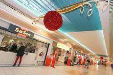 Galerie marchande Leclerc Saint Aunès propose une belle animation à Noël avec ses 40 boutiques (® NetWorld-Fabrice Chort)