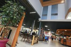 La Galerie marchande Saint Aunès Leclerc , ses commerces et restaurants(® NetWorld-Fabrice Chort)