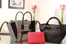 Coqueline Boutique Montpellier propose de nombreux accessoires de mode de marques reconnues comme des sacs luxe (® SAAM-fabrice Chort)