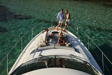 EDS-SUD Montpellier fabrique des bains de soleil nautiques pour équiper vos bateaux (®  EDS-SUD)