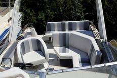 EDS-SUD Montpellier propose la rénovation de coussins de bateau en Silvertex (®  EDS-SUD)