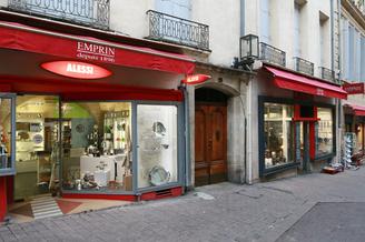 Emprin Montpellier boutique spécialiste de l'art de la table, des cadeaux et des articles culinaires au centre-ville dans la Rue Saint Guilhem (® NetWorld - Fabrice Chort)