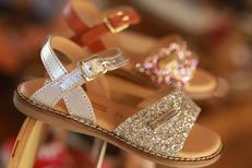 Erbé Montpellier Chaussures vend des chaussures enfants de marque en centre-ville ici Les Tropéziennes (® SAAM-fabrice Chort)