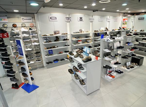 5ea194db54cf auchan rayon chaussure,Magasin Chaussure Auchan Perols Erbe vend des  chaussures Homme de marques dans la ...
