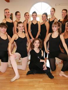 Espace Danse Cavier Lunel présente un groupe de danseuses du conservatoire (® networld-Fabrice Chort)