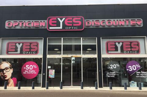 Eyes Optic Narbonne est un opticien discounter qui vend des lunettes, des solaires et des montures à petits prix.(® facebook eyes optic)