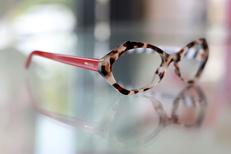 Lunettes Pézénas chez Eyes Optic, un opticien à prix réduits (® SAAM fabrice Chort)