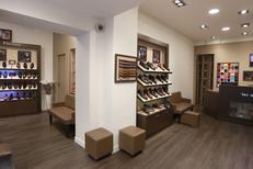 Chaussures Homme luxe Montpellier centre-ville chez Finsbury qui vend des souliers luxe masculins avec patines personnalisées possibles (® SAAM-Fabrice Chort)