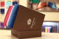 Finsbury Montpellier vend des chaussures homme haut de gamme, des ceintures coordonnées et des chaussettes au centre-ville (® SAAM-Fabrice Chort)