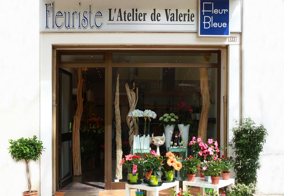 Fleuriste lunel fleur bleue l 39 atelier de val rie for Trouver un fleuriste