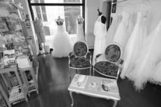 Ivoire et Blanc Mariage Montpellier propose un grand choix de robes de mariées au centre-ville (® networld-Fabrice Chort)