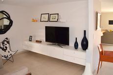L'Atelier Montpellier Aménagement réalise du rangement sur mesure comme ce meuble télé