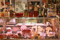 Epicerie italienne Albert Montpellier vend de la charcuterie italienne au centre-ville de Montpellier (® networld-fabrice Chort)