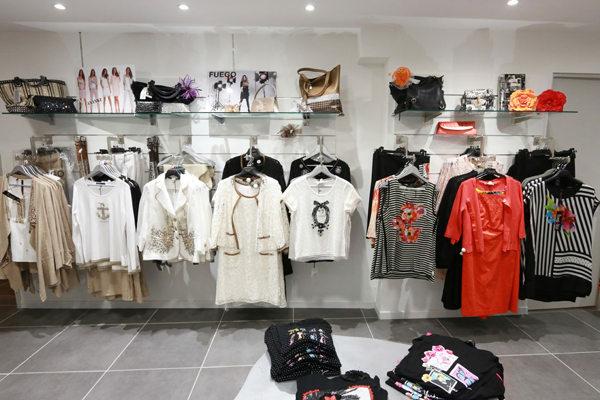 ... Collection Printemps Eté dans la boutique L une et L autre spécialiste  de la Grand ... fe0a35dacba