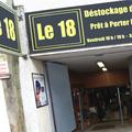 Le 18 Montpellier est une boutique de déstockage de vêtement à Montpellier avec des vêtements dégriffés, des remises sur des vêtements de marques et de luxe sur le Boulevard des Arceaux.
