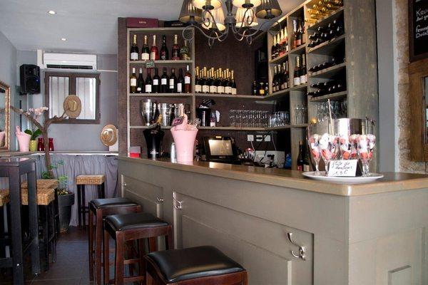 le chapitre bar vins et champagne quartier saint roch montpellier. Black Bedroom Furniture Sets. Home Design Ideas
