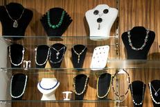 Globe Trotteur Montpellier vend des bijoux uniques au centre-ville (® networld-Sabrina Boirel)