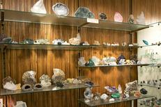 Minéraux Montpellier et Fossiles au Globe Trotteur en centre-ville (® networld-Sabrina Boirel)