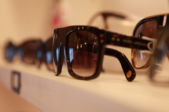 Maison Acuitis Montpellier centre-ville solde des lunettes solaires (® networld-fabrice Chort)