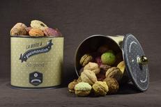 Maison Roux Montpellier propose des macarons à offrir dans de jolis coffrets: idée-cadeau