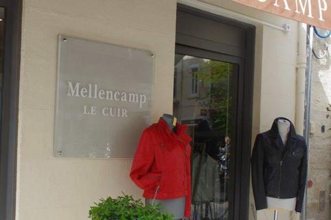 Mellencamp le Cuir Montpellier proche de la Place de la Comédie au centre-ville (© networld-fabrice chort)