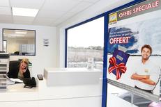Mondial Pare Brise Lattes remplace les vitrages auto, répare les pare-brises et propose des offres spéciales (® SAAM-Fabrice Chort)