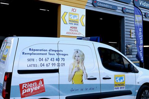 Mondial Pare Brise Lunel spécialiste du remplacement de pare-brise, de la réparation de vitrage automobile et du changement de pare brise si nécessaire à Lunel (® SAAM-Fabrice Chort)