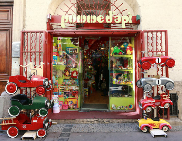 Pomme d 39 api montpellier jeux et jouets montpellier - Decor discount st jean de vedas ...