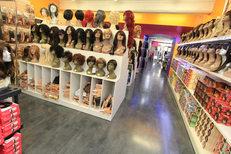 Royal Hair Beauty Montpellier propose un  beau choix de cosmétiques et accessoires sur le Boulevard Jeu de Paume au centre-ville  (credits photos: NetWorld- Fabrice Chort)