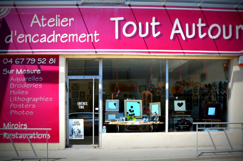 tout autour juvignac atelier d encadrement boutique montpellier shopping. Black Bedroom Furniture Sets. Home Design Ideas