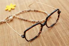 Trouvez des lunettes à Mauguio chez Vision Plus opticien en centre-ville (® SAAM fabrice Chort)