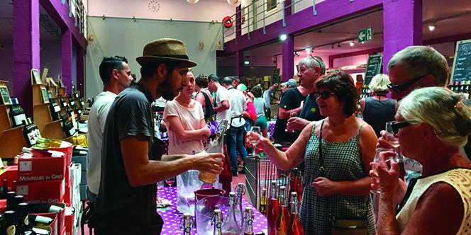 Découvrez le programme de la Feria du gris et du Rosé le samedi 25 mai à la Maison méditerranéenne des Vins du Grau du Roi.
