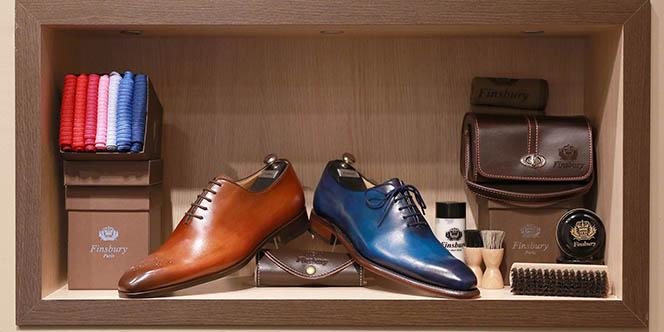 Finsbury Montpellier annonce une promotion exceptionnelle dans son magasin de chaussures hommes haut de gamme du centre-ville.(® SAAM-fabrice Chort)