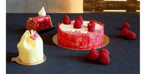 Gabriel Créateur de Gourmandises Montpellier propose des gâteaux de Fêtes et des coffrets gourmands à offrir.(® SAAM-fabrice CHort)