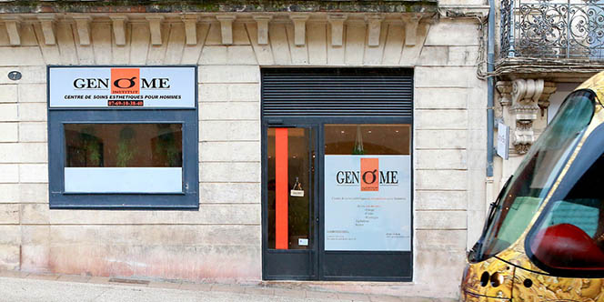 Genome Institut pour hommes à Montpellier annonce des soldes sur une sélection de soins pour hommes.(® SAAM-FABRICE CHORT)